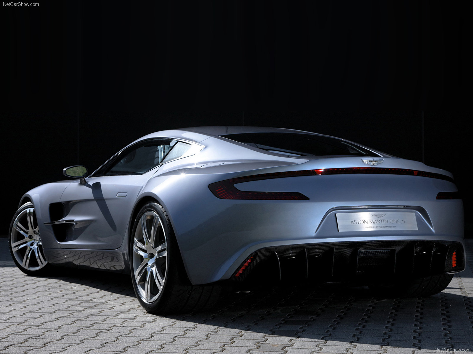 Tuning Aston Martin One-77 Coupe 2012 online, accessories ...