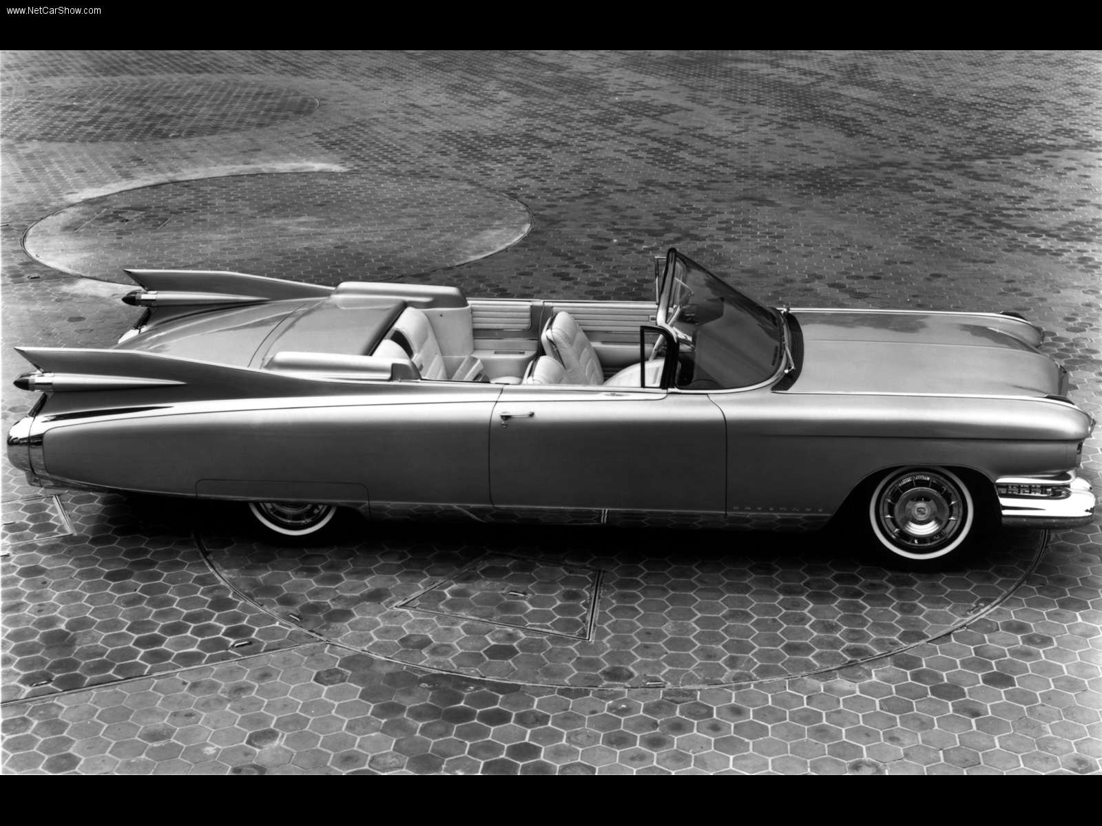 Cadillac Eldorado Convertible sedan 1959