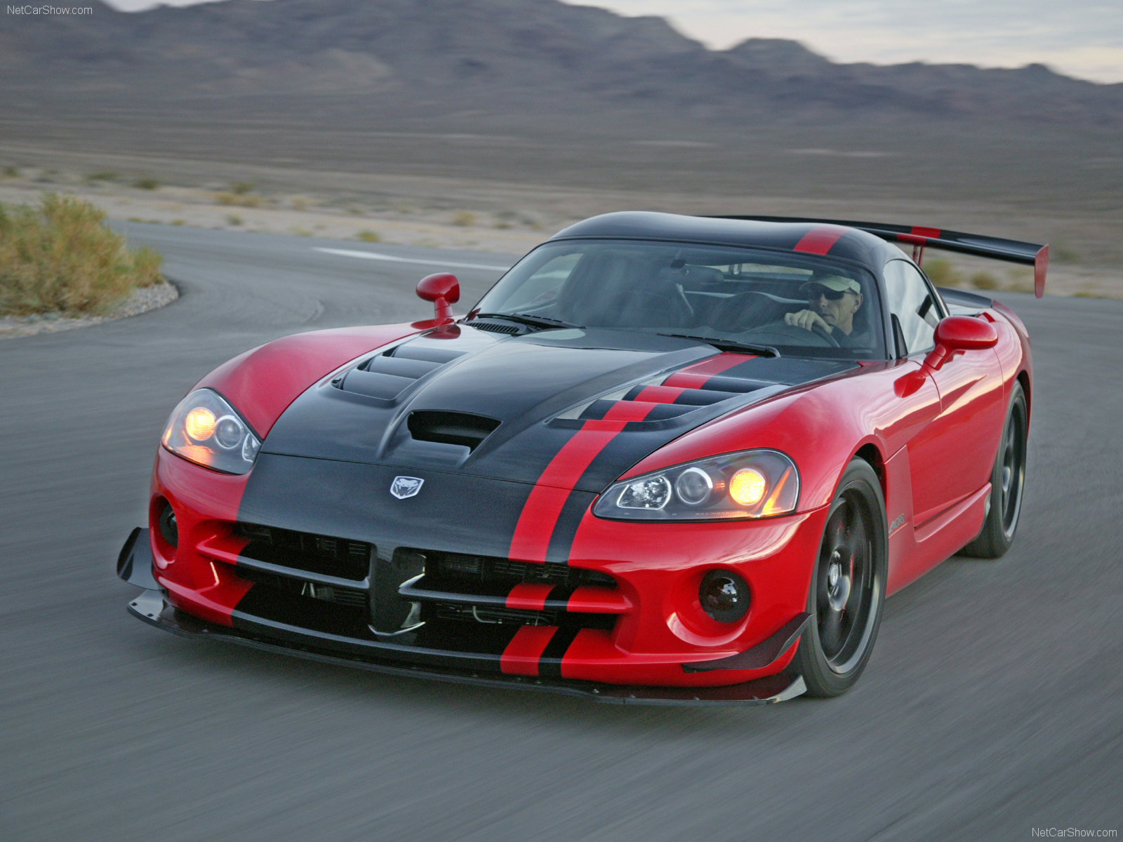 My perfect Dodge Viper SRT10 ACR. 3DTuning - probably the best car configurator!