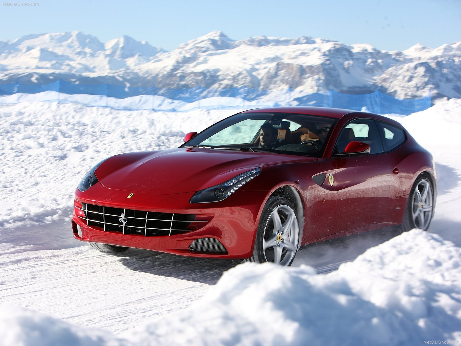 ... Ferrari FF 3 Door 2011 ...