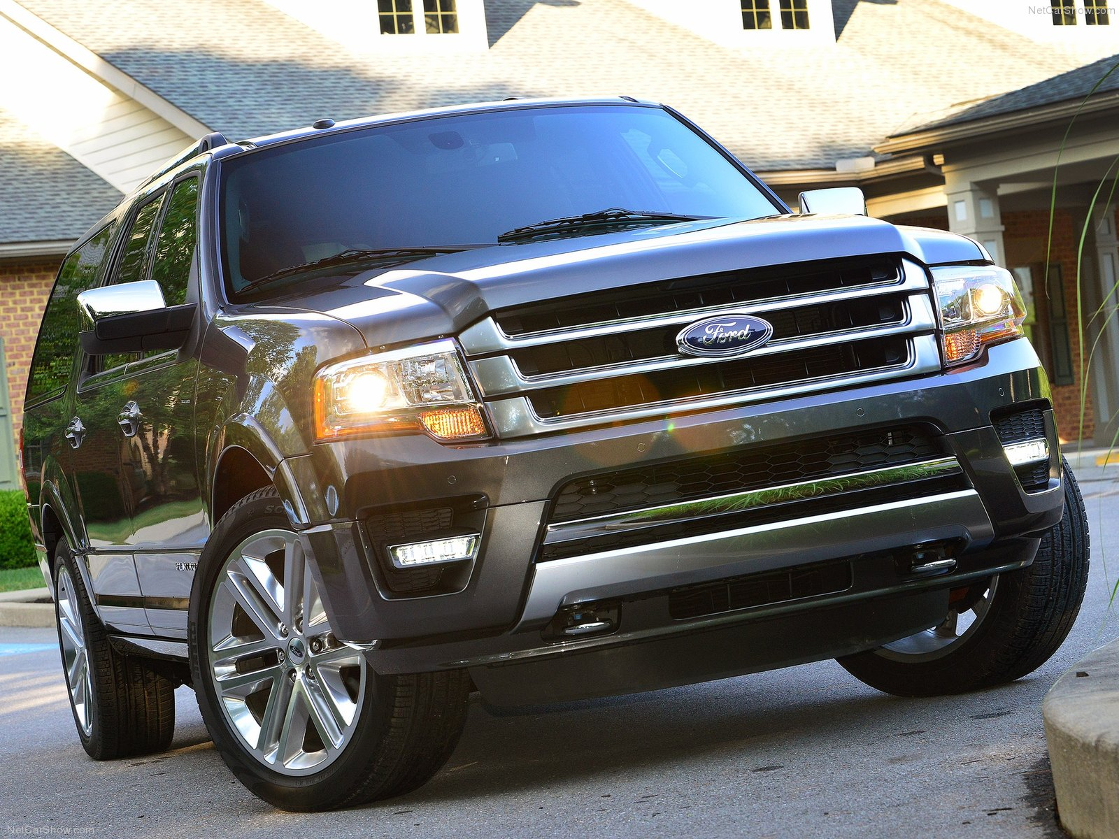 Ford Expedition SUV 2015