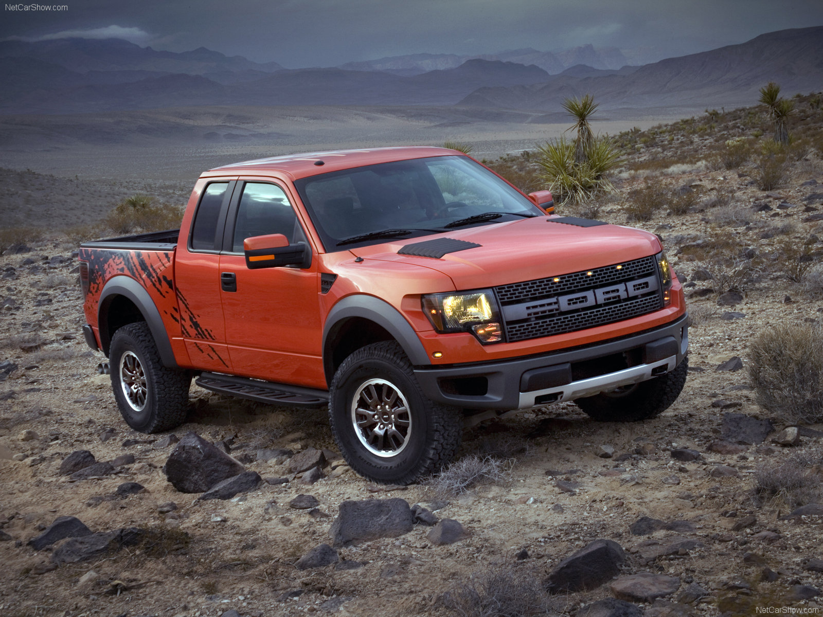 Ford f 150 svt raptor supercab truck 2013