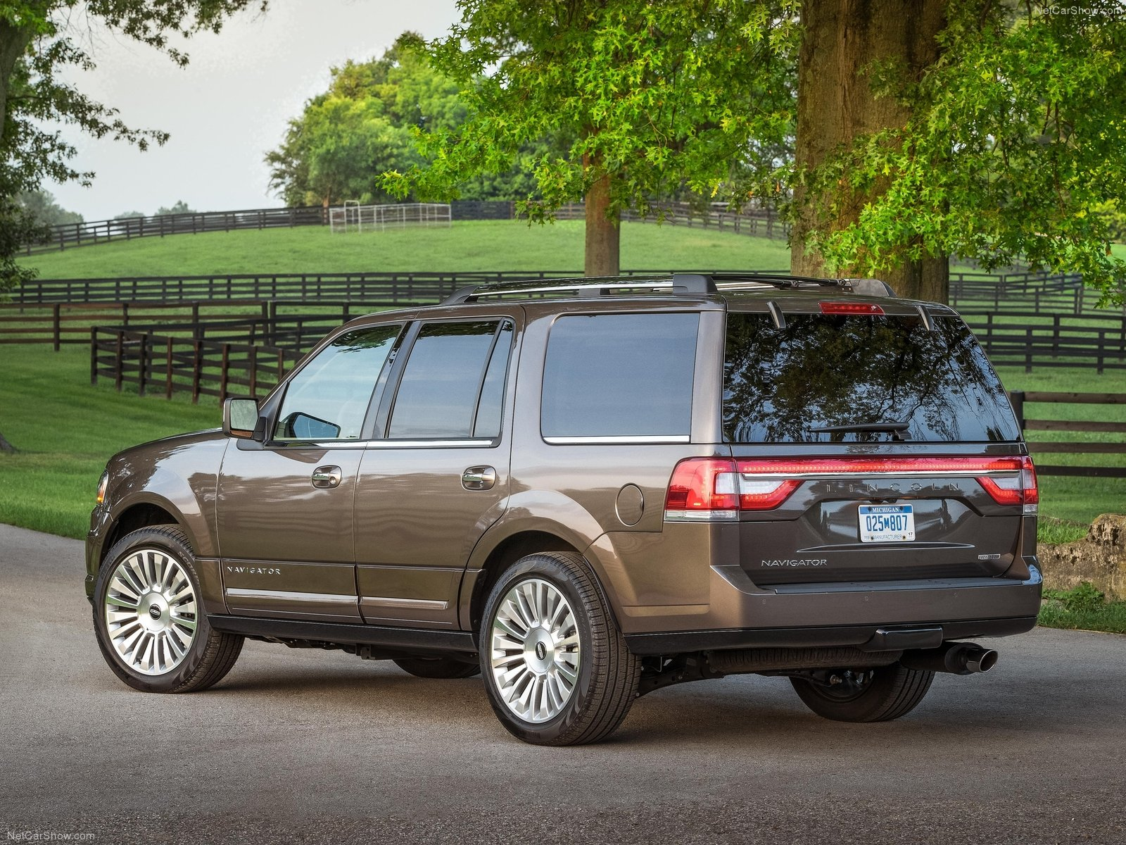 my perfect lincoln navigator 3dtuning probably the best car configurator. Black Bedroom Furniture Sets. Home Design Ideas