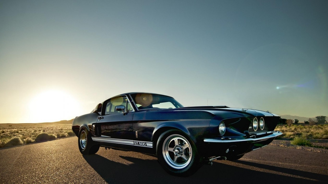 http://cdn3.3dtuning.com/info/Mustang%20Shelby%20GT500%201967%20Coupe/factory/6.jpg
