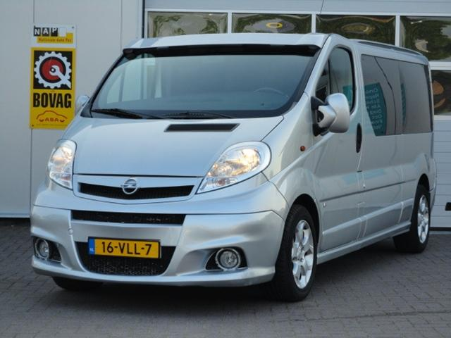 My perfect Opel Vivaro. 3DTuning - probably the best car ...