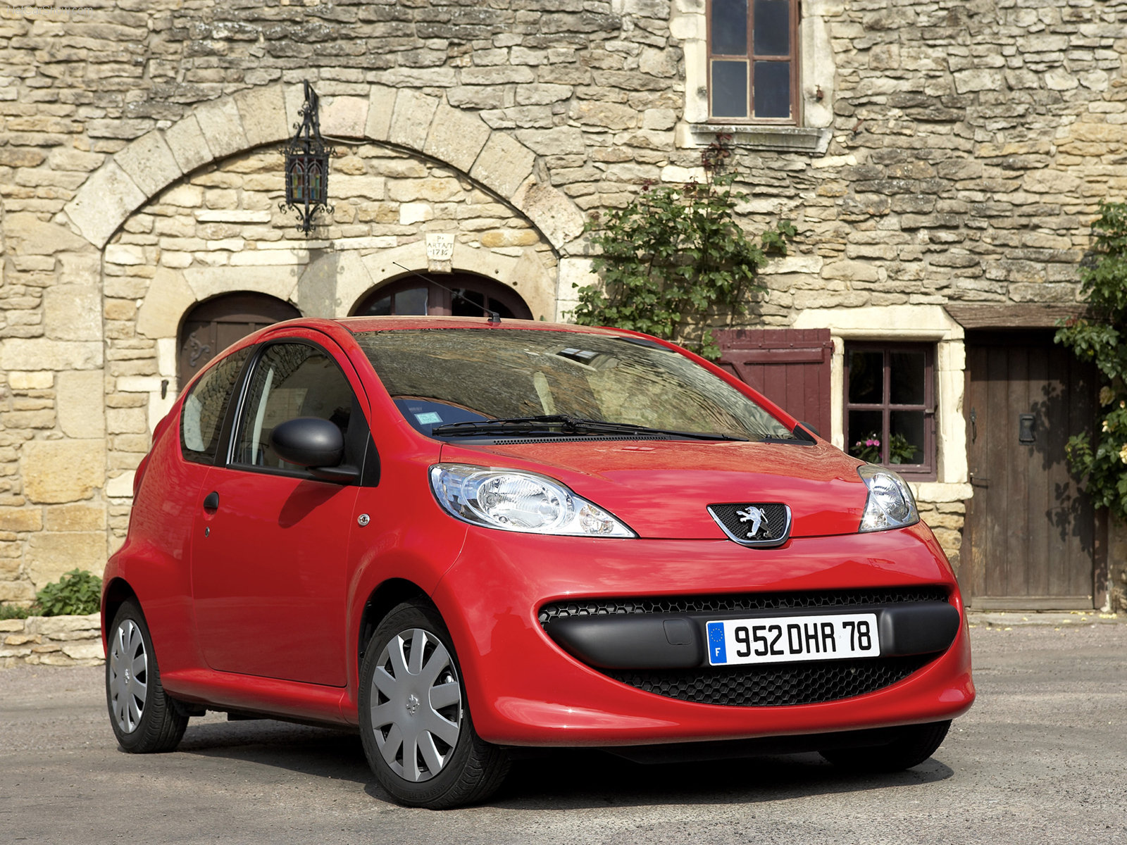 Peugeot 107 3 Door Hatchback 2010
