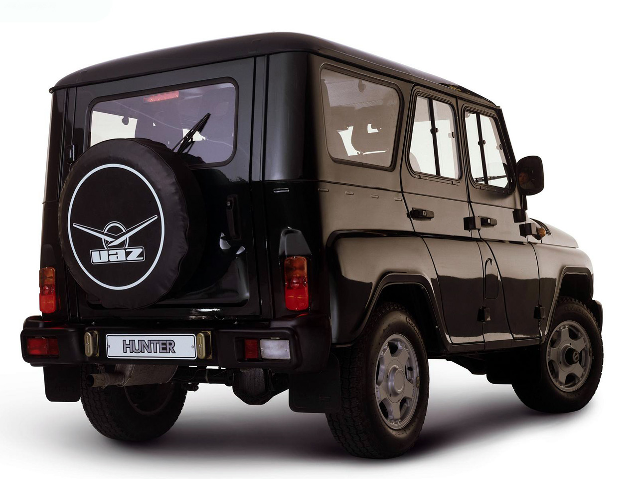 UAZ Hunter SUV 2012