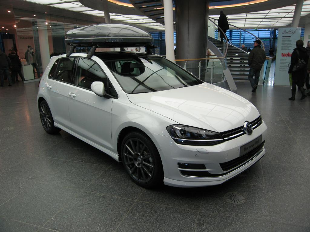 3dtuning of volkswagen golf 7 5 door hatchback 2014 unique on line car. Black Bedroom Furniture Sets. Home Design Ideas