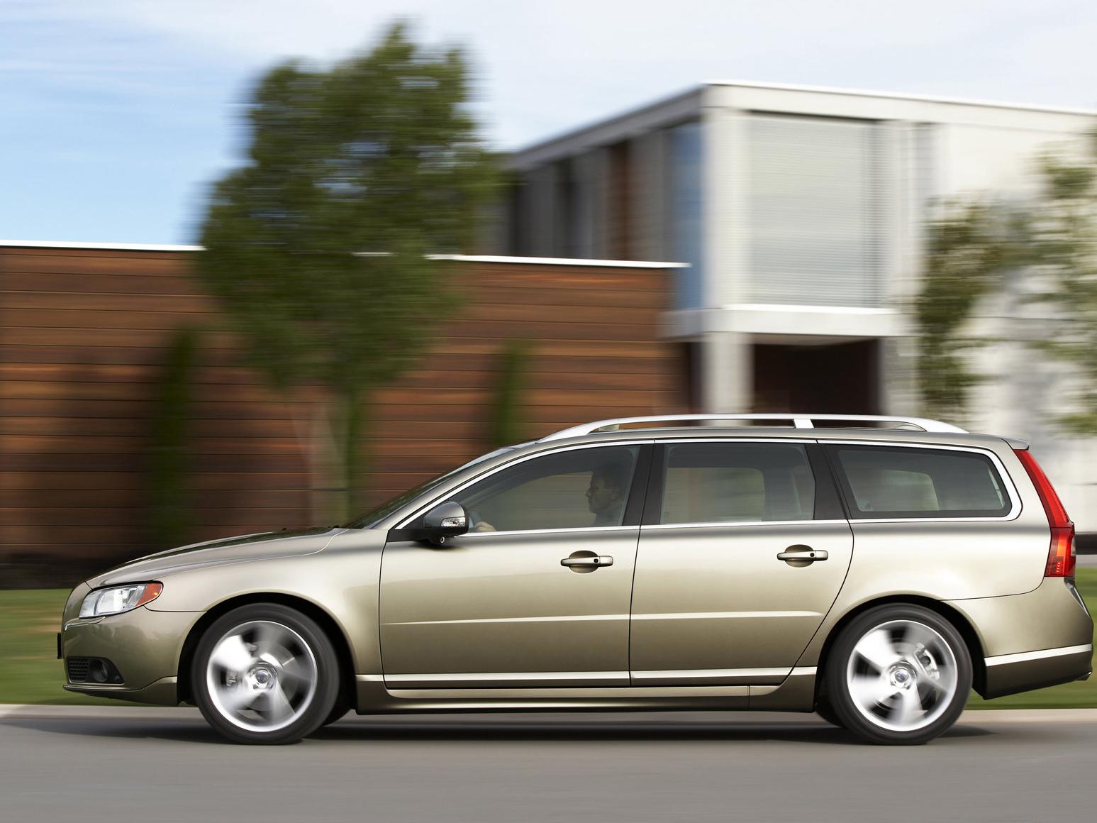 My perfect Volvo V70. 3DTuning - probably the best car ...   2011 Volvo V70 Wagon
